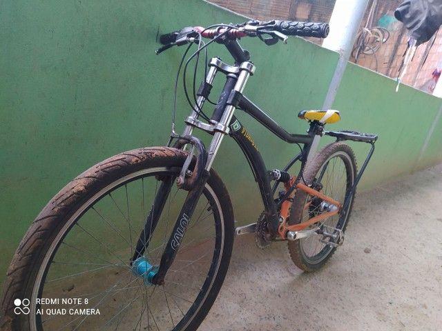Bicicleta Caloi usada aro 26 troco por outra
