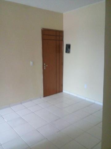 Apartamento de 01 quarto na quadra 200 do Recanto das Emas