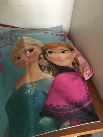 LOTE: dois lençóis infantis (tamanho solteiro)
