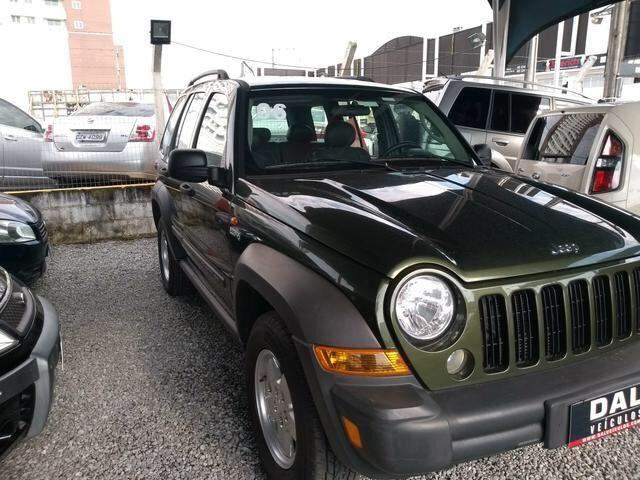Jeep Cherokee Sport 3.7 Automático 4x4 2006 FINANCIA
