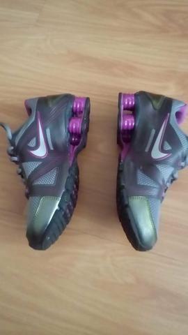 Nike shox. 4 feminino nr 36 - Roupas e calçados - Centro 8e718e1214903