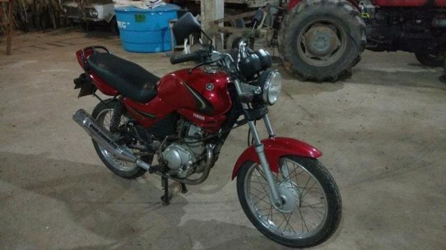 Yamaha Ybr 125K - Bem conservada - pouco rodada