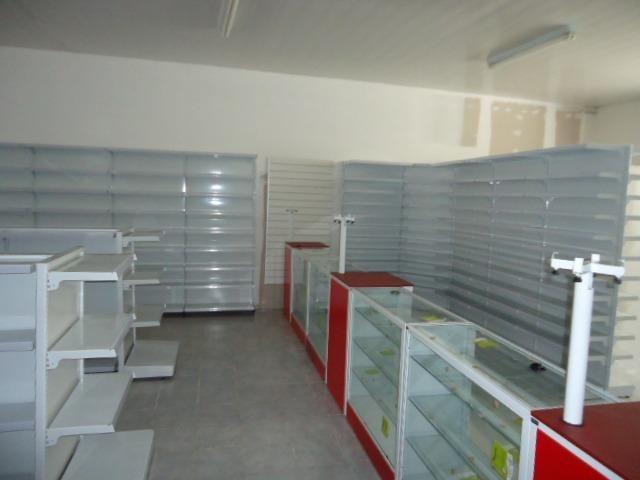 c1372db19 Balcão de Aço para Atendimentos em Lojas e Comércios em Geral - Fazemos a  Montagem