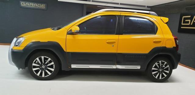 Toyota Etios HB Cross 1.5 Flex 2014/14 - Foto 6
