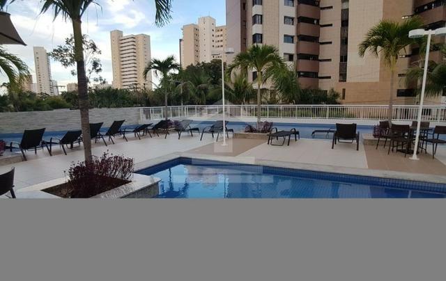 Apartamento à Venda no Guararapes com 3 Suítes 3 Vagas de Garagem (RG) TR13970 - Foto 5