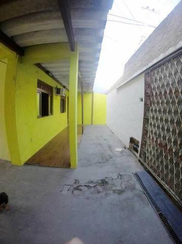 Otima casa com 2 quartos + 3 vagas + Terraço - Foto 4