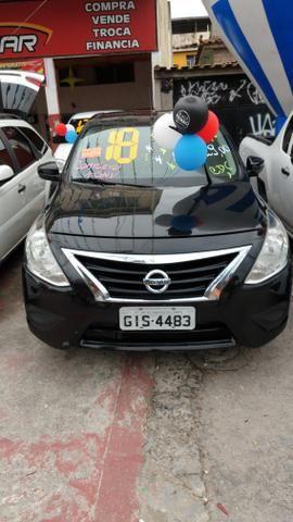 Nissan Versa ano 2018 entrada + parcelas R$ 829,00 fx cdc- gratis 2020 e gnv - Foto 2