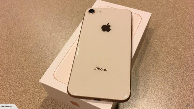 IPhone 8 Dourado 64GB (oportunidade) - Foto 2
