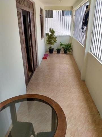 SU00060 - Casa tríplex com 05 quartos em Itapuã - Foto 19