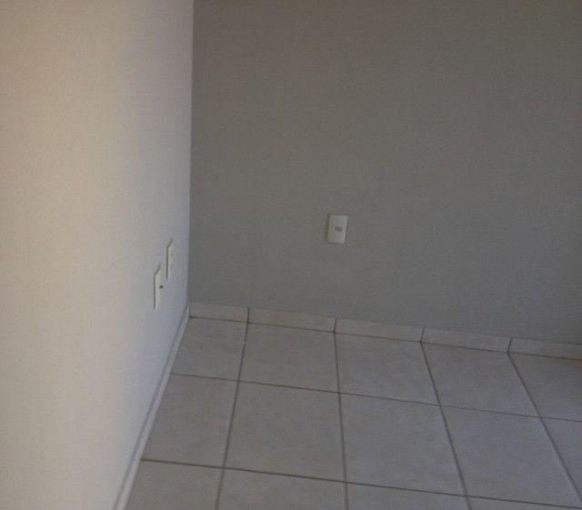 Aluga-se apartamento no Nova Betânia piscina - Foto 7