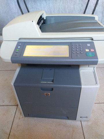 Impressora e copiadora HP p3027 bem conservada com toner novo  - Foto 6