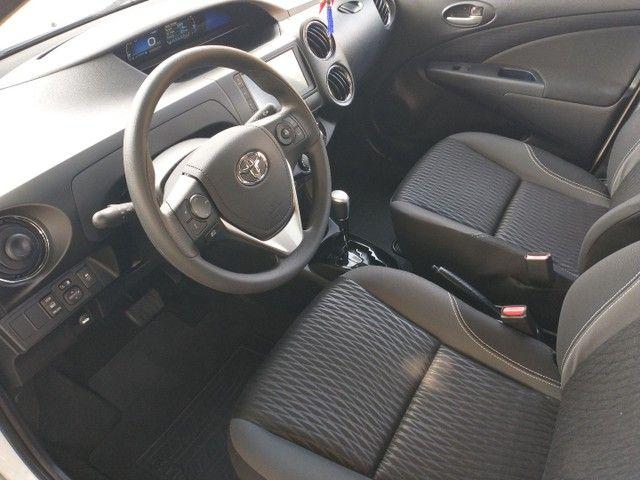 Toyota Etios Sedan X PLUS Aut 2021 Novo   - Foto 11