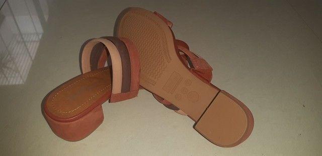 Sandália em couro n. 35 - Foto 3