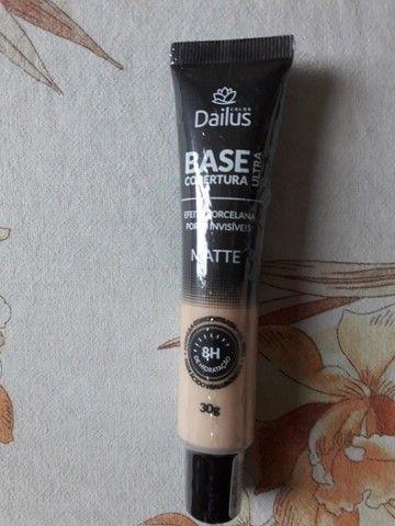 Base Dailus ultra cobertura matte