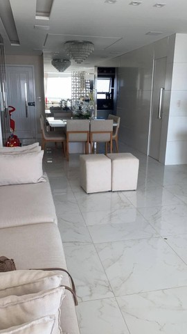 AB345 - Apartamento vista mar/ 03 suítes/ em andar alto