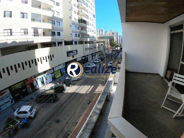AP00699 Apartamento de frente para a rua com 03 quartos sendo 01 suíte na Praia do Morro - Foto 18