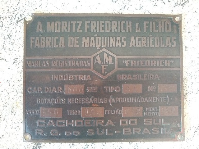 Placa de Metal Antiga - RELÍQUIA
