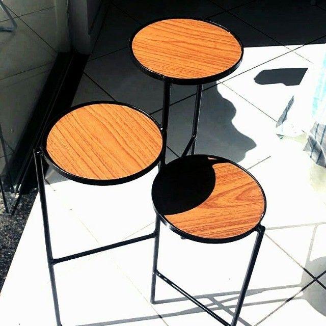 Mesa moderna lateral