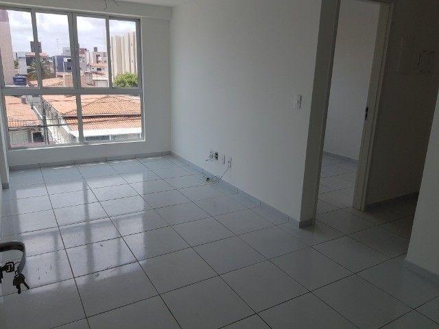 Apartamento Bancários 02 Qtos Elevador e Piscina Novo Frente Sul (BA21) - Foto 6