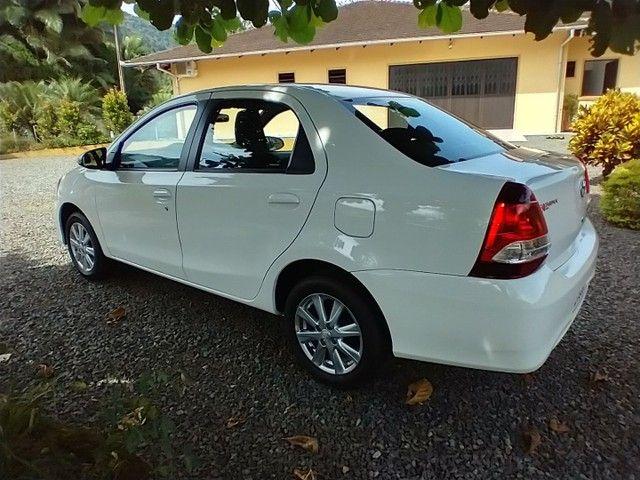 Toyota Etios Sedan X PLUS Aut 2021 Novo   - Foto 7
