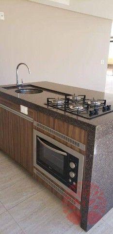 Apartamento para alugar em Centro de 200.00m² com 4 Quartos, 1 Suite e 2 Garagens - Foto 3