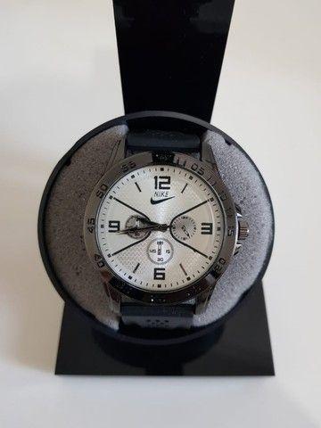 Mega Promoção Relógios Diversas Marcas Compre 1 leve 2. De 160 por 80 - Foto 2