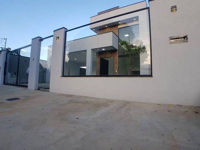 Casa para venda tem 214 metros quadrados com 4 quartos em Bandeirante - Caldas Novas - GO