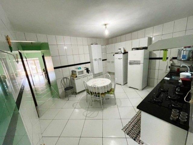 Linda Casa com 4 Quartos, Garagem Coberta em M Norte. - Foto 7