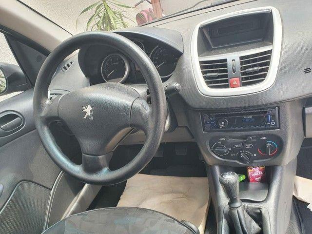 Vendo ou troco Pegeout 207 1.4 sedan - Foto 4