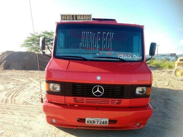 Mercedinha 710 carroceria 2007