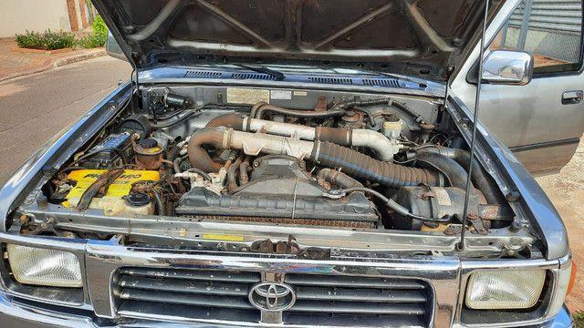 Hillux 2.8 98/99 4x4 diesel conservada ( *)) - Foto 17
