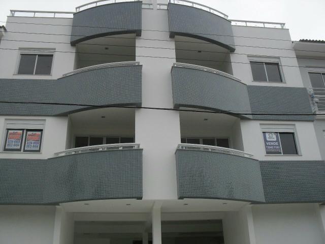 NOVO! Vendo excelente apartamento nos Ingleses à 350 metros da Praia
