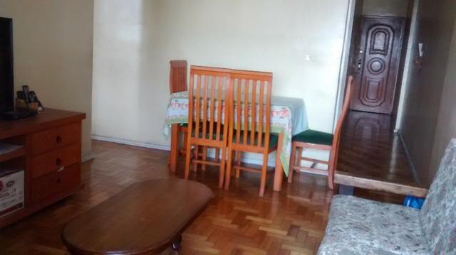 Amplo apartamento no bairro do Riachuelo