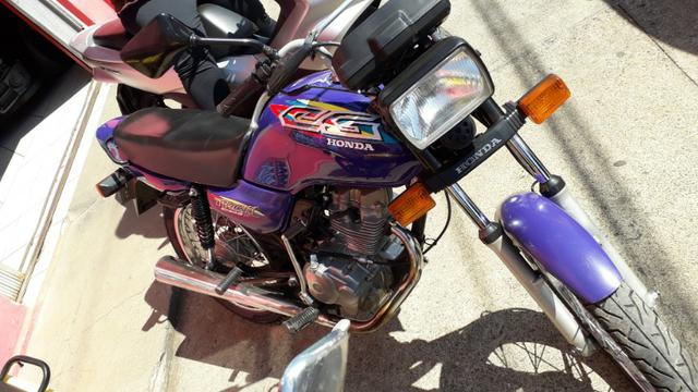 Moto cg 125 titan ano 1999 - toda original - Foto 3