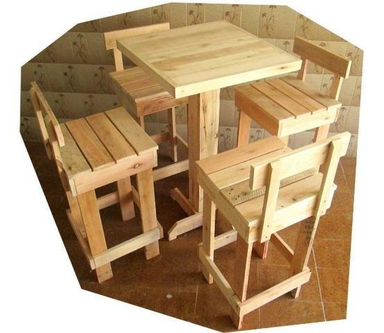 Mesa Tipo Bistrô De Pinus Com 4 Banquetas (Kit Promocional) Sucesso de Vendas