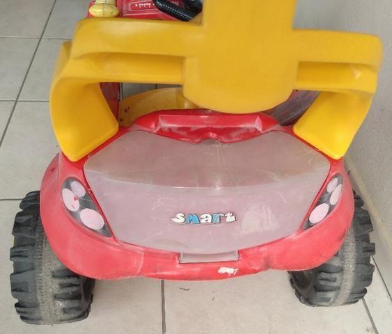 Carrinho passeio Smart com pedal/base - Bandeirantes - Foto 3