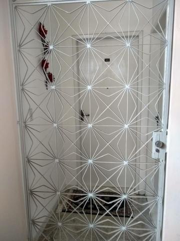 Apartamento Itapuã 3 quartos com dependência R$1.200,00