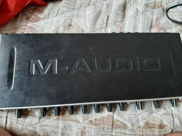 Placa Audio Fast Track Ultra 8r Interface Áudio - Foto 4