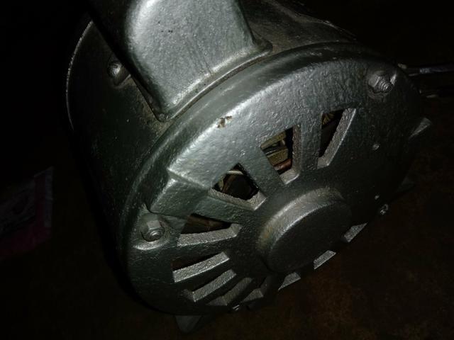 Motor de baixa Rotacão 0,5 cv monofásico - Foto 2