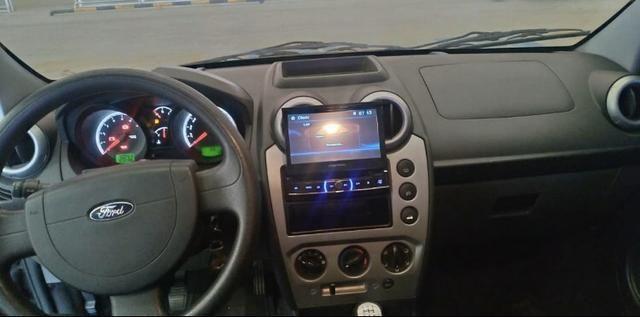 Fiesta class sedan 1.6 estado de zero!