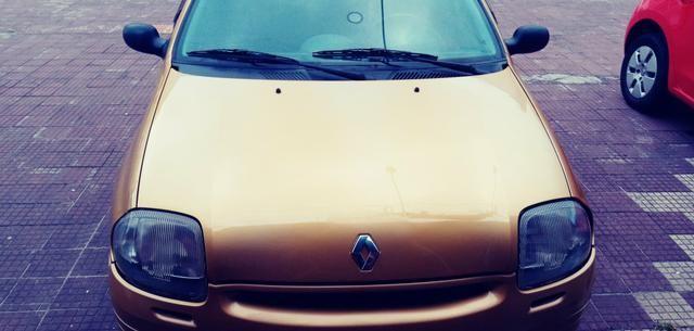 Renault clio.1.6.8válvulas - Foto 3