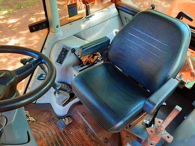 Trator Valtra modelo BM 125i Turbo Intercooler. Potência Max de 125cv. <br>- 2013 - Foto 3