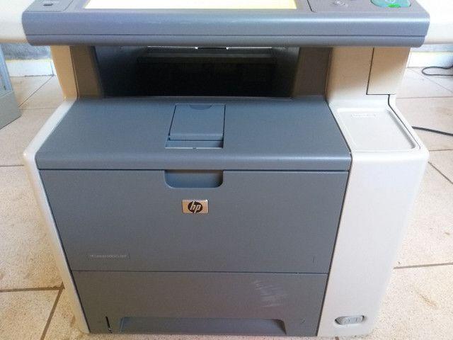 Impressora e copiadora HP p3027 bem conservada com toner novo  - Foto 4