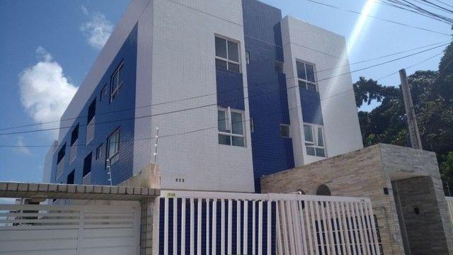 Apartamento no altiplano com 02 quartos
