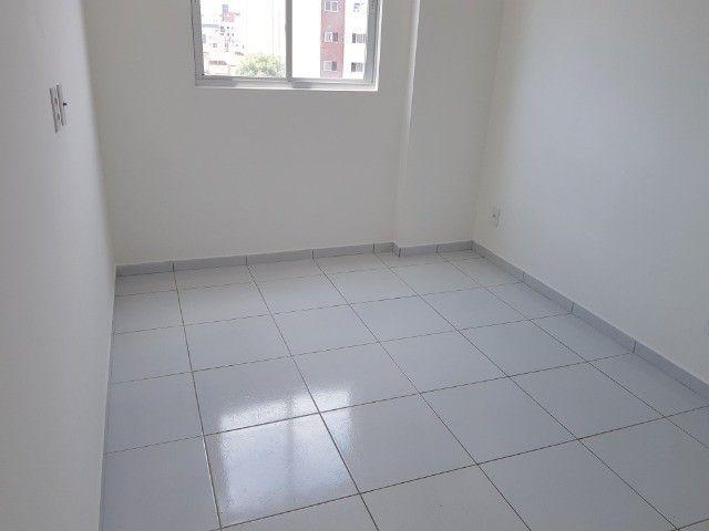 Apartamento Bancários 02 Qtos Elevador e Piscina Novo Frente Sul (BA21) - Foto 15