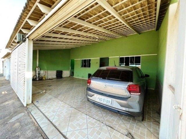 Linda Casa com 4 Quartos, Garagem Coberta em M Norte. - Foto 3
