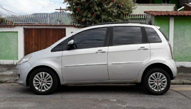 Fiat IDEA Essence DUALOGIC AUTOMATICO 2011/2012 - Foto 9