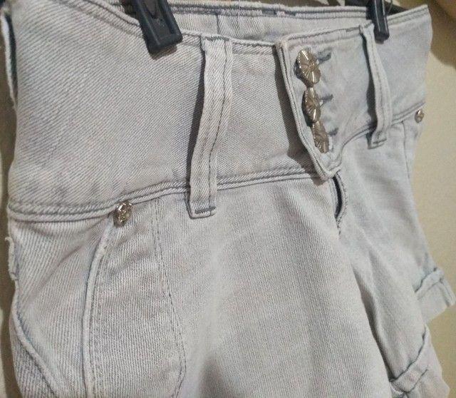 Shorts Jeans Feminino lavagem clara