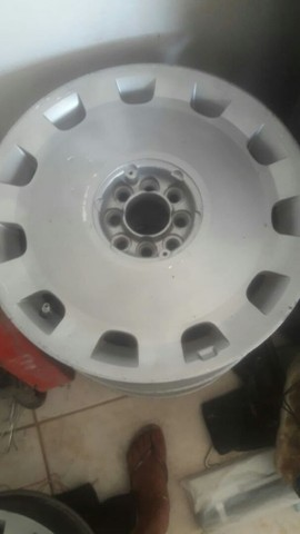 Vendo ou troco rodas aros 17 com pneus novos  - Foto 3
