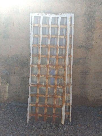 Portas de Ferro - Foto 3